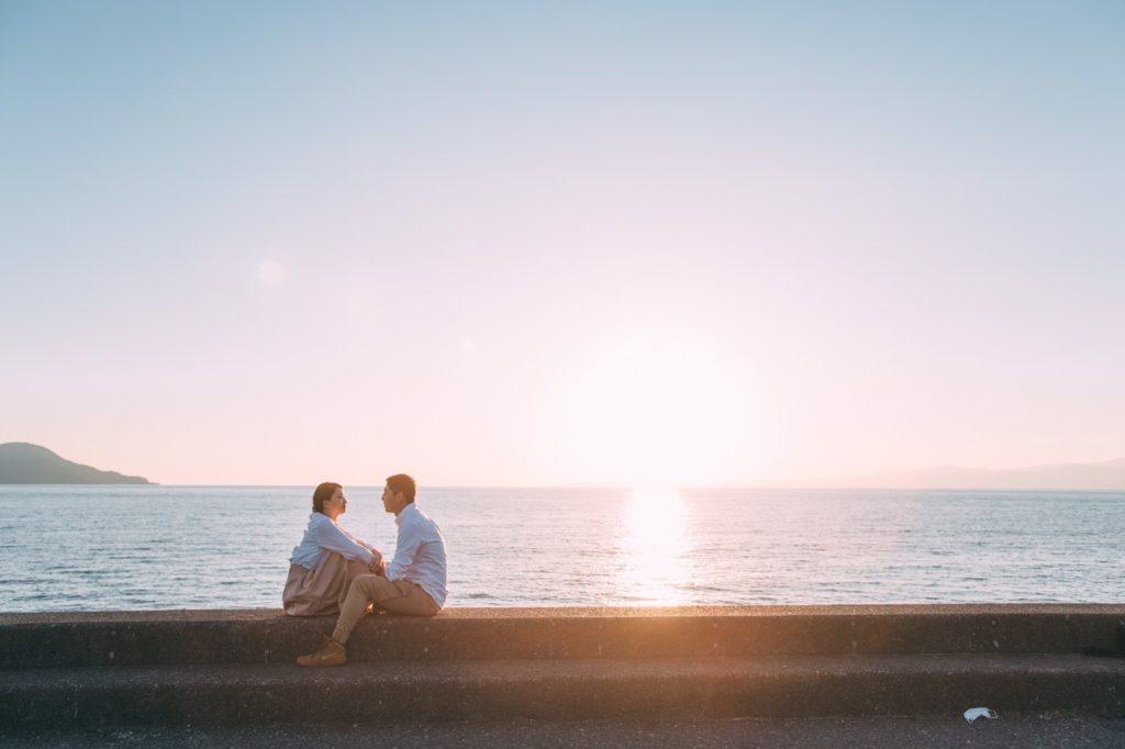 夕陽をバックにカップル撮影📷
