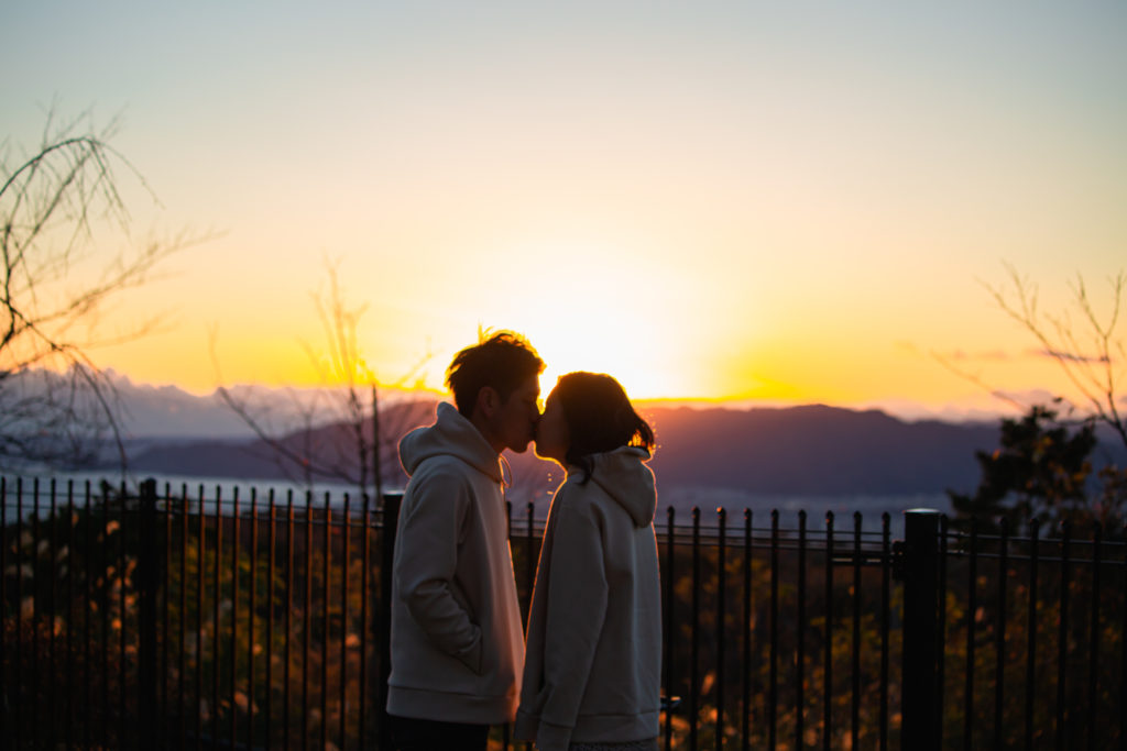 夕焼けとカップルin夢テラス